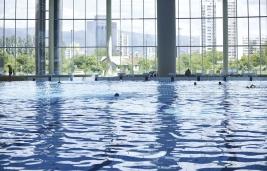 swimming pool indoo