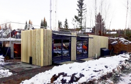 SMART MAGNUM CABIN WITH BIOMASS–OIL COMBINATION 350 KW + 550 KW
